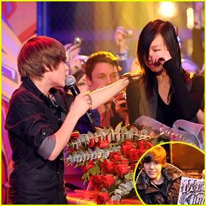 Justin Bieber: Much Music Merry Christmas!