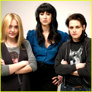 Kristen Stewart  Dakota Fanning Movie on Film Festival  Dakota Fanning  Kristen Stewart   Just Jared Jr