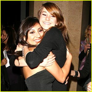 Shailene Woodley &#038; Francia Raisa Stand Up for Children's Rights