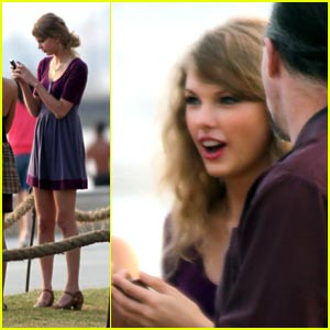 Taylor Swift: Melbourne Beach Beauty