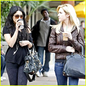 Vanessa Hudgens & Brittany Snow: Nail Salon Sweeties