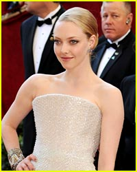Amanda Seyfried Goes to the Oscars