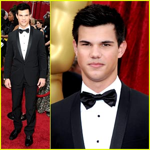 Taylor Lautner is Dolce & Gabbana Dashing