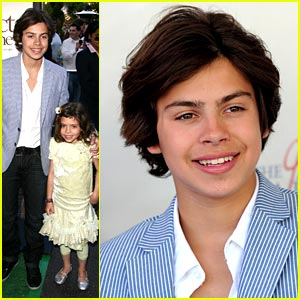 Jake T. Austin Premieres The Perfect Game
