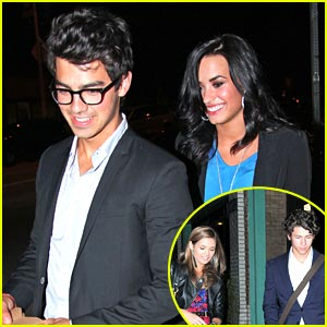 Joe & Demi Double Date with Nick & Nicole Anderson