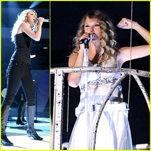 Taylor Swift: 'Change' with The Tritones!