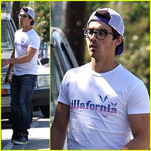 Joe Jonas is Killafornia Cute