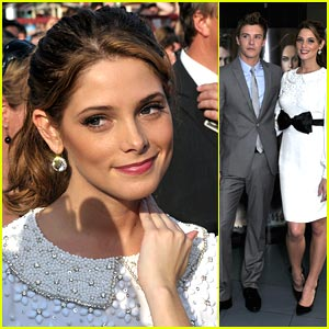 Ashley Greene: Bow in Belgium!