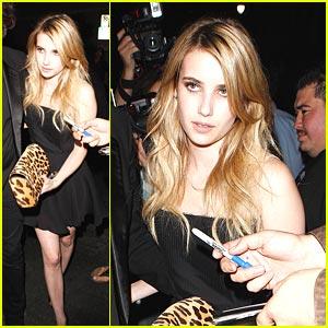 Emma Roberts is Las Palmas Pretty