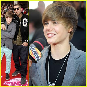 Justin Bieber Wins Big at MMVAs 2010