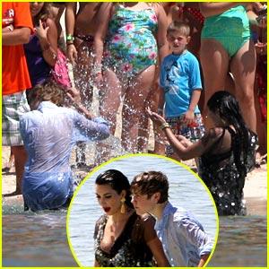 Justin Bieber & Kim Kardashian: Splish, Splash in the Bahamas!