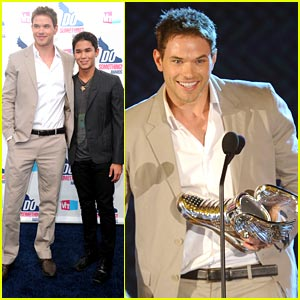 Kellan Lutz: Do Something With Animals Winner!