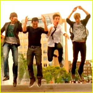 Big Time Rush Gets 'Famous'