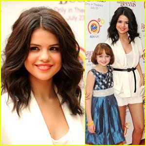 Selena Gomez & Joey King: Ramona & Beezus Premiere!