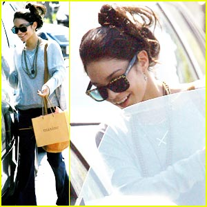 Vanessa Hudgens is Sweats Sweet