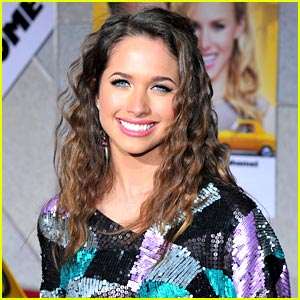 Maiara Walsh Joins Vampire Diaries