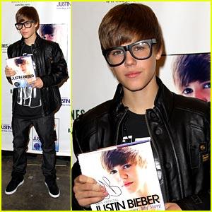 Justin Bieber: Barnes & Noble Book Signing!