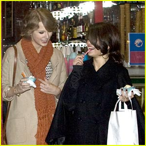 Images Of Selena Gomez And Taylor Swift Gelato Girls
