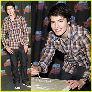 Gregg Sulkin: Avalon High Premieres TONIGHT!