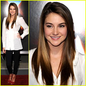 Shailene Woodley: '127 Hours' Premiere!