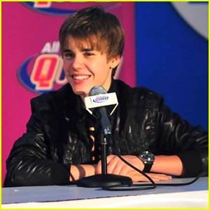Justin Bieber Plays Santa; Calls Selena Gomez 'Amazing'