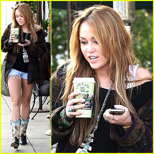 Miley Cyrus: Urth To L.A.