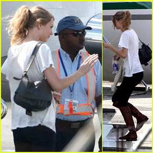 Taylor Swift: Turks & Caicos Christmas