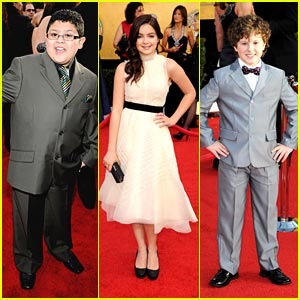 Ariel Winter: SAG Awards 2011 with Nolan Gould & Rico Rodriguez