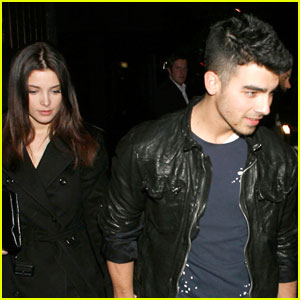 Ashley Greene &#038; Joe Jonas: Premiere Pair