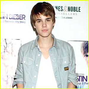 Justin Bieber Hospitalized After Allergic Reaction