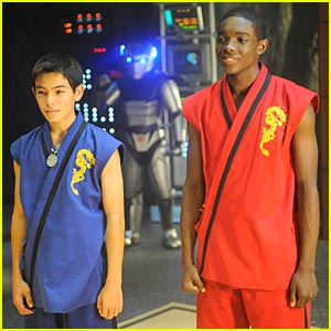 'Supah Ninjas' Preview on Nick Monday!