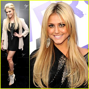 Cassie Scerbo's Bieber Fever on The Rise!