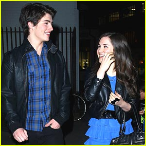 Gregg Sulkin &#038; Electra Formosa: Carnaby Couple