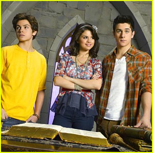 Jake T. Austin is Back to Being Max