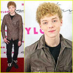 Cameron Monaghan: Blond Curls!