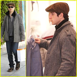 David Henrie Stocks Up on Lacoste