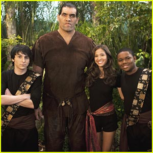 Mitchel Musso & Kelsey Chow Fight A Giant!