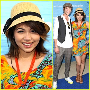 Hayley Kiyoko &#038; Nick Roux are Soul Surfers