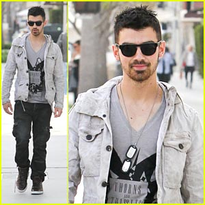 Joe Jonas: Thorns & Thissles