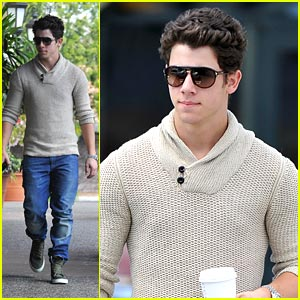 Nick Jonas: Starbucks Run!