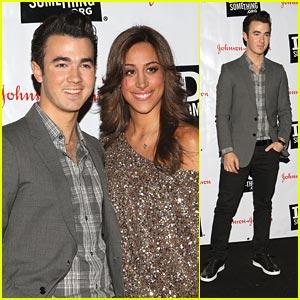 Kevin & Danielle Jonas: Do Something Awards 2011 Kick Off!