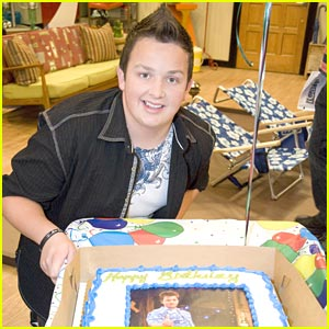 Noah Munck: iCarly Set Birthday!