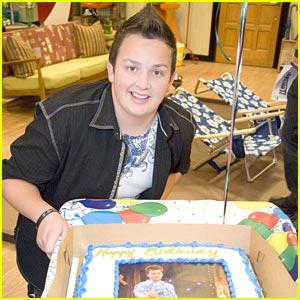 Noah Munck: iCarly Set Birthday!