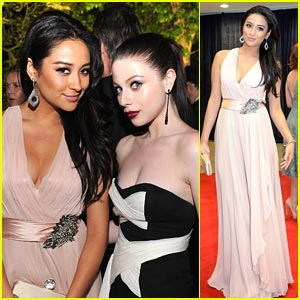 Shay Mitchell: White House Correspondent's Dinner with Michelle Trachtenberg!