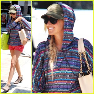 Ashley Tisdale: Planet Blue Pick Up
