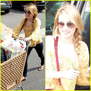 Emma Roberts: Vons Grocery Run