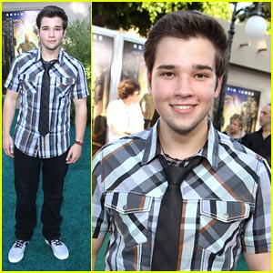 Nathan Kress is a 'Zookeeper'