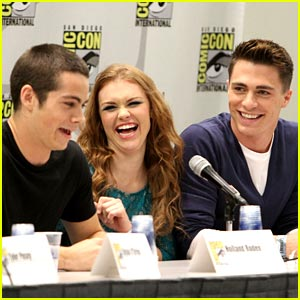 Holland Roden & Colton Haynes: 'Teen Wolf' Panel!