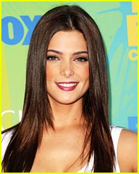 Ashley Greene Loves Jessica Szohr's Style