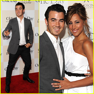 Kevin & Danielle Jonas: 'One Day' Premiere Pair